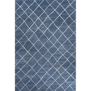 Hand Tufted Geometric Pattern Blue/ White Wool Area Rug (5' x 8')