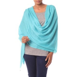 Handcrafted Wool 'Cyan Glamour' Shawl (India)