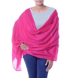 Handcrafted Wool 'Magenta Glamour' Shawl (India)