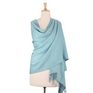 Handmade Wool 'Beguiling Sky' Shawl (India)