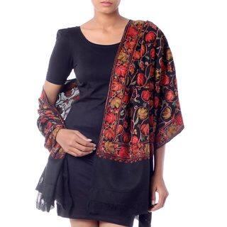 Handmade Wool 'Midnight Mums' Shawl (India)