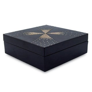 Handcrafted Eggshell Mosaic 'Fireworks' Jewelry Box (Thailand)