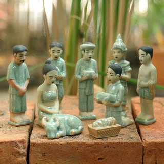 Thai Christmas Unique Christian Theme Green Crackled Celadon Handcrafted 9 Piece Religious Art Work Nativity Set (Thailand)