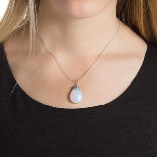 Handmade Moonstone Teardrop Necklace with 16-inch Stainless Steel Chain (China)