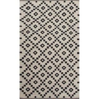 "Folke Handmade Geometric Black/ White Area Rug (8' X 10') - 7'10"" x 9'10"""
