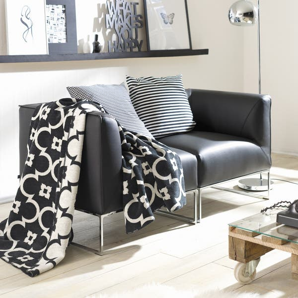 Astounding Ibena Sorrento Black White Lattice Jacquard Oversized Throw Blanket Gmtry Best Dining Table And Chair Ideas Images Gmtryco