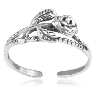 Journee Collection Sterling Silver Rose Toe Ring