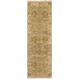 Hand-Knotted Tyrese Classic Style Rug (2'6 x 8')