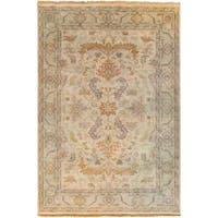 Hand-Knotted Jon Traditional New Zealand Wool Area Rug - 5'6 x 8'6'