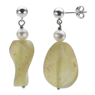 DaVonna Sterling Silver White Pearl and Olive Green New Jade Earring (5-6 mm)
