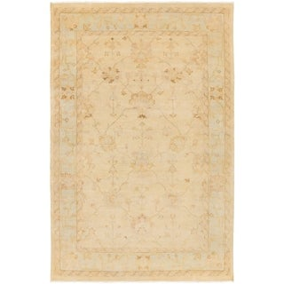Hand-Knotted Kendell Floral New Zealand Wool Rug (5'6 x 8'6)