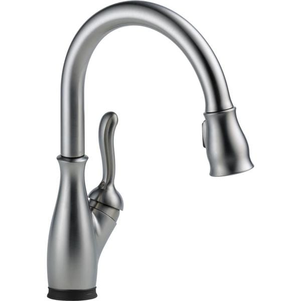 Delta Leland Single Handle Pull-Down Kitchen Faucet with