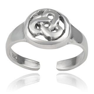 Journee Collection Sterling Silver Celtic Toe Ring