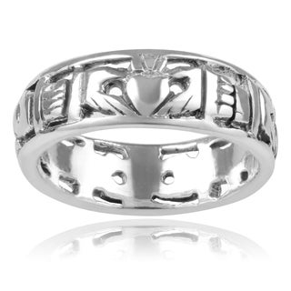Journee Collection Sterling Silver Handmade Celtic Claddagh 6 mm Band Ring