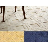 Hand-Woven Lucille Solid Pattern Wool Area Rug - 2' x 3'