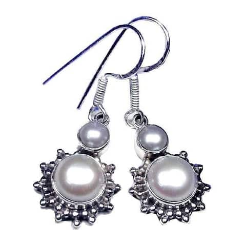 Handmade Sterling Silver 1-mm Pearl Earrings (India) - White