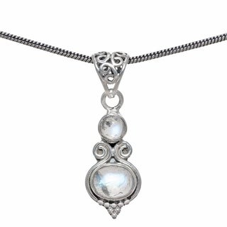 Handmade Sterling Silver Rainbow Moonstone Pendant (India) - White