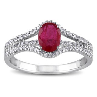 Miadora 10k White Gold Oval Rose-cut Ruby and 1/4ct TDW Diamond Ring (G-H, I1-I2)
