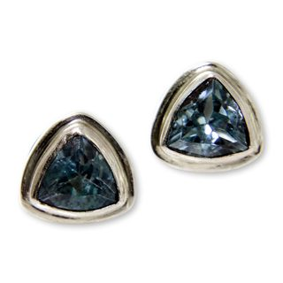 Sterling Silver 'Sky Blue Trinity' Blue Topaz Earrings (Indonesia)