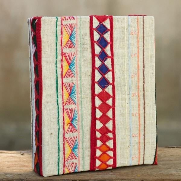 Handmade Cotton Saa Paper 'Akha Memories' Photo Album (Thailand)