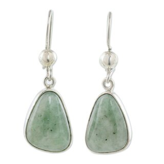 Handcrafted Sterling Silver 'Apple Green' Jade Earrings (Guatemala)
