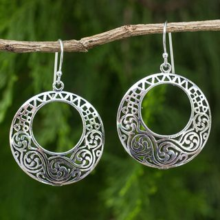 Handcrafted Sterling Silver 'Moonlit Maze' Earrings (Thailand)