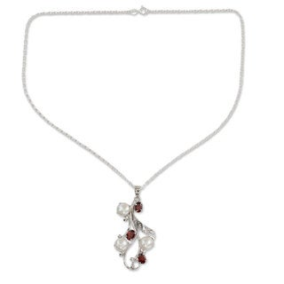 Sterling Silver 'Nature's Gift' Pearl Ruby Necklace (10 mm) (India)