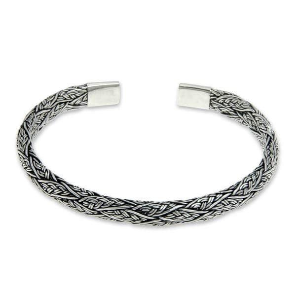 Handmade Men's Sterling Silver 'Warrior' Bracelet (Indonesia)