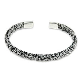 Handcrafted Men's Sterling Silver 'Warrior' Bracelet (Indonesia)