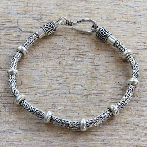 Handmade Dragons Valor Strong Naga Snake Chain Bracelet with Rondelle Accents 925 Sterling Silver Mens Bracelet (Indonesia)