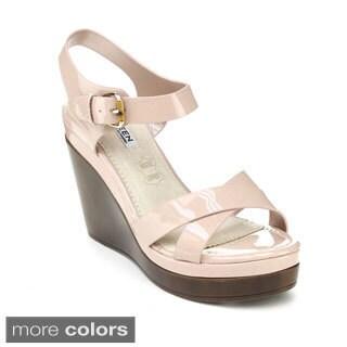 Kayleen Women's 'Danuta-2' Ankle Strap Platform Wedges