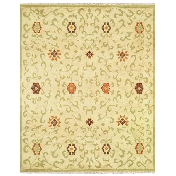 Grand Bazaar Hand-knotted 100-percent Wool Pile Antolya Rug in Beige/Sage - 4' x 6'