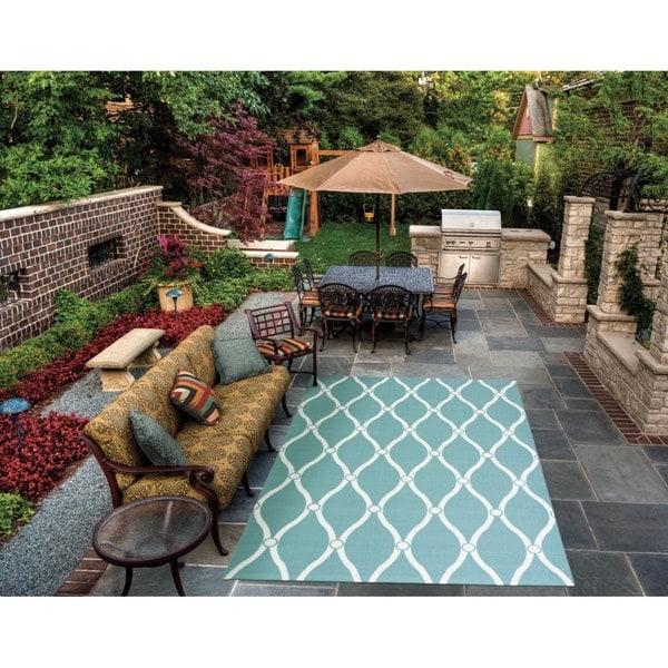 "Rug Squared Palmetto Aqua Indoor/ Outdoor Area Rug (7'9 x 10'10) - 7'9"" x 10'10"""