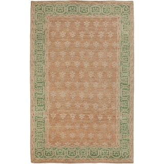 Hand-Knotted Marsha Border Pattern Wool Rug (5'6 x 8'6)