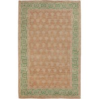 Hand-Knotted Marsha Border Pattern Wool Area Rug (5'6 x 8'6)