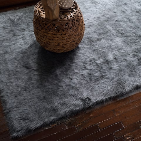 Faux Sheepskin Grey Graphite Shag Area Rug - 3' x 5'
