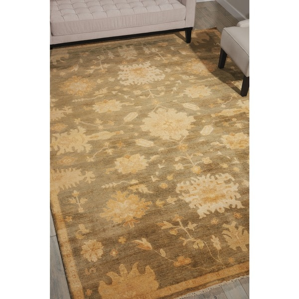 Nourison Grand Estate Sage Area Rug (7'9 x 9'9)
