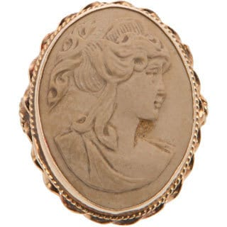 Pre-owned 14K Yellow Gold Soapstone Cameo Estate Ring (Size 6.25)