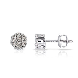 DB Designs 14k White Gold 1/6ct TDW Diamond Cluster Earrings (G-H, I1-I2)