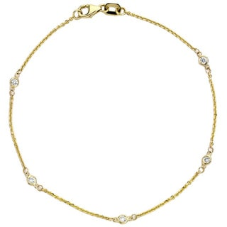 Suzy Levian 1/10 ct TDW 14K Yellow Gold Diamonds By The Yard Bracelet (G-H, SI1-SI2)