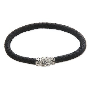 Men's Handcrafted Leather 'Aesthetics' Braided Bracelet (Indonesia)