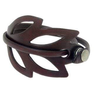 Handmade Leather 'Lucky Maroon Leaf' Bracelet (Indonesia)