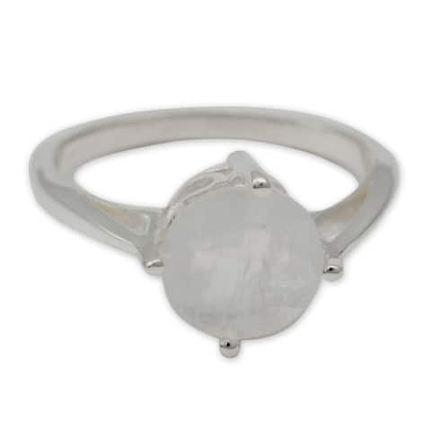 Handmade Fortune Sterling Silver Moonstone Ring (India)