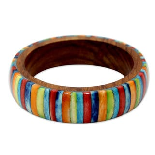 Handcrafted Sheesham Wood 'Rainbows' Bone Bracelet (India)