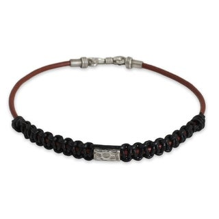 Handmade Men's Leather Silver 'Vintage Siam' Bracelet (Thailand)