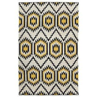 Kosas Home Antonia Recycled Plastic Indoor/ Outdoor Kilim Rug (4' x 6')