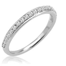 1/4ct tw Diamond Anniversary Band in 10K White Gold ( Ring sizes 5 to 8)