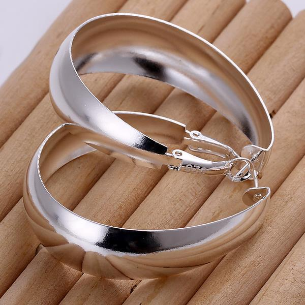 Vienna Jewelry Sterling Silver Medium Sized Hoops