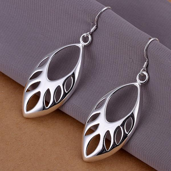 Vienna Jewelry Sterling Silver Hollow Cut Ovular Earring