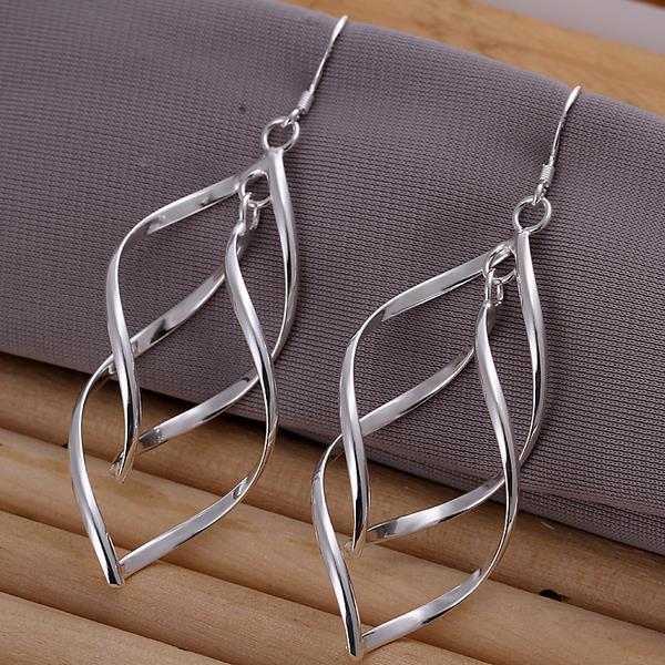 Vienna Jewelry Sterling Silver Spiral Interlocking Earring
